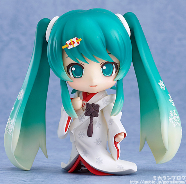 Nendoroid Snow Miku: Strawberry White Dress version