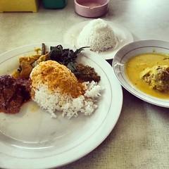 Rendang + Gulai Otak RM.Pamulang Indah.  The best nasi padang at Pamulang, ENAK BANGET!! VERY RECOMMENDED!!! :2thumbsup