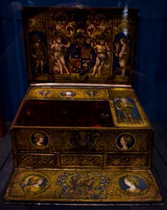henryviii-writing-desk