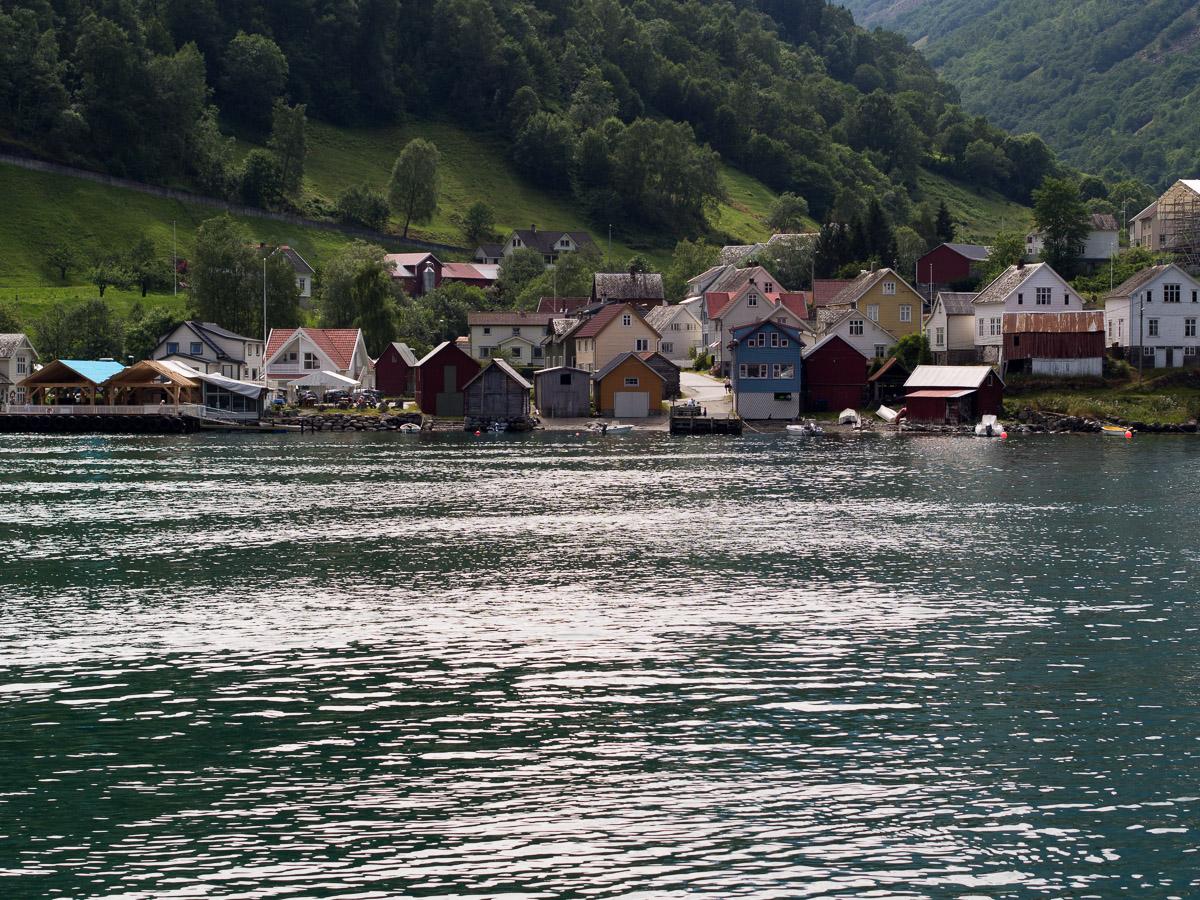 A orillas del Nærøyfjord