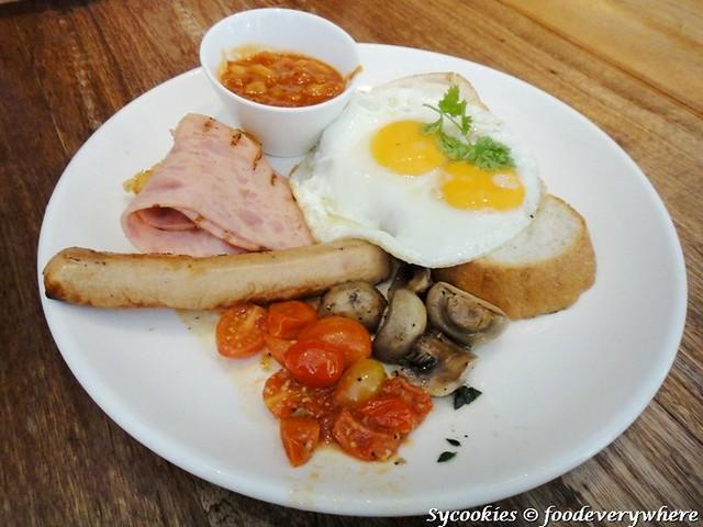 9.Plan B Breakfast Platter RM 26@ Plan B