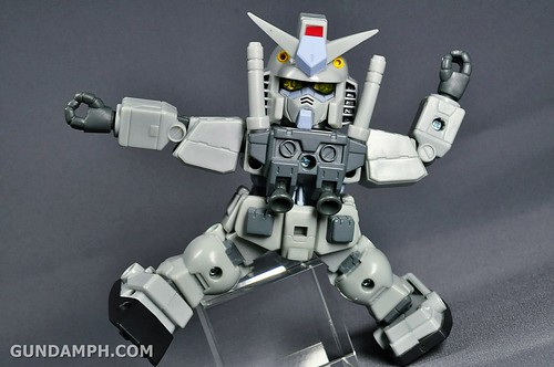 SDGO RX-78-2 (G3 Rare Color Variation) Unboxing & Review - SD Gundam Online Capsule Fighter (23)