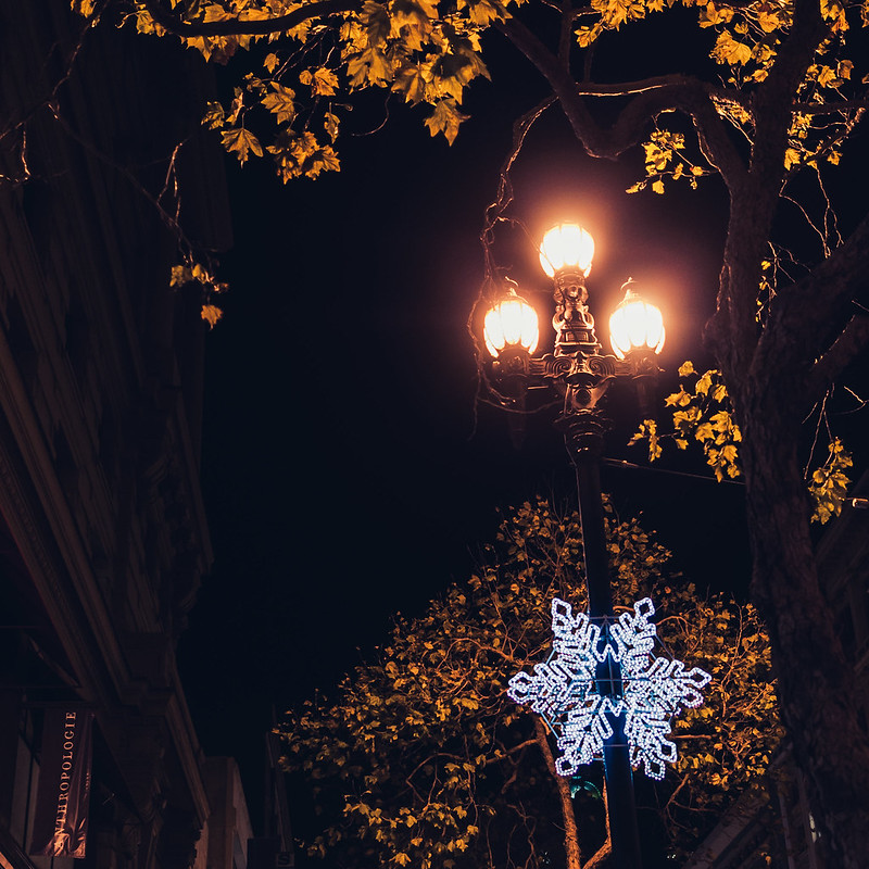 holiday street lights