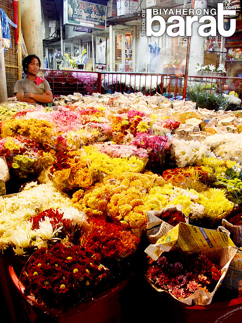 dangwa flower market manila philippines sampaloc