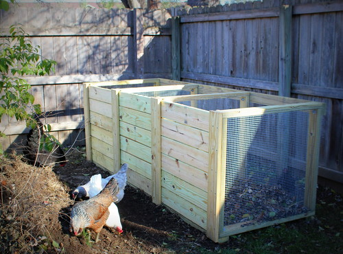 20121125. Our new composter!