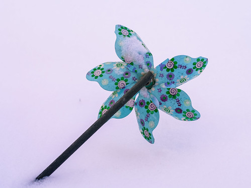 339/366 - Broken propeller by Flubie