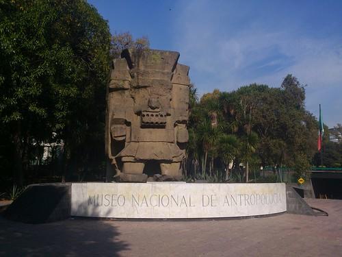 Entrada do museu de antropologia by jailsonrp