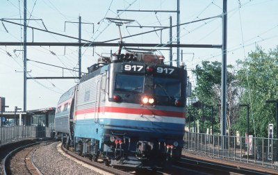 Amtrak 900s -- Gs and Toasters -- 5 Photos