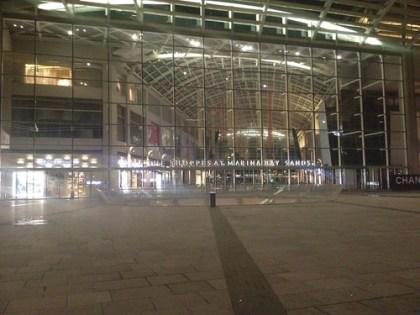empty marina bay sands mall