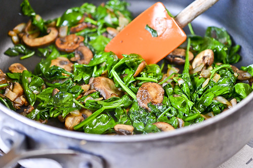 Mushroom-Spinach Baked Eggs 15
