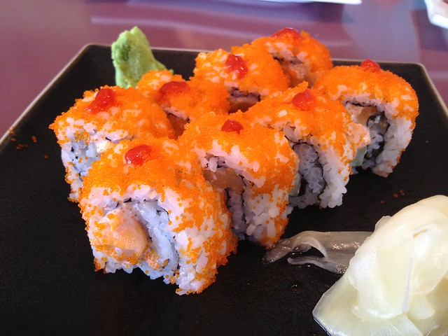 Spicy scallop roll - Tokkuri Tei