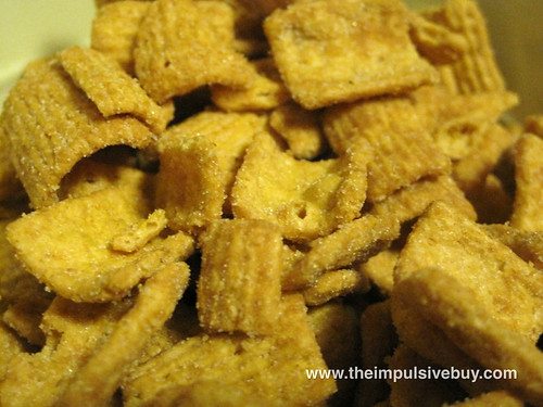 Peanut Butter Toast Crunch Closeup