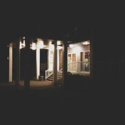 apartment-entrance