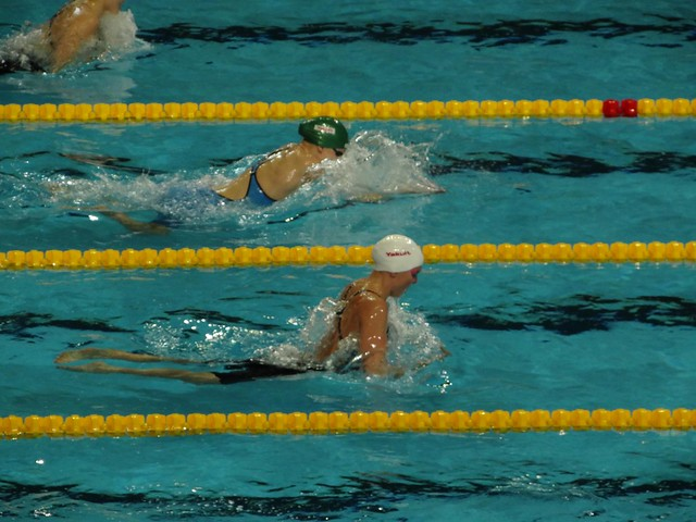 Meilutyte and Hardy racing at Istanbul 2012