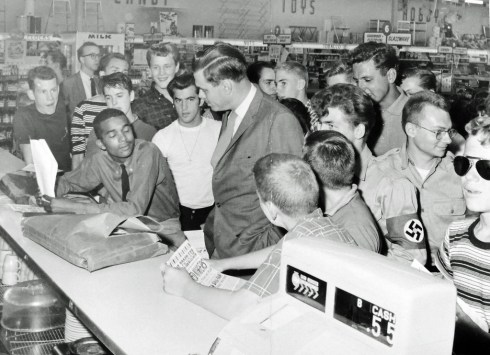 Bravery at Arlington Lunch Counter: 1960