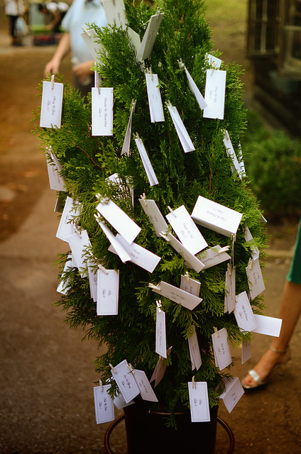 Guest seating tree