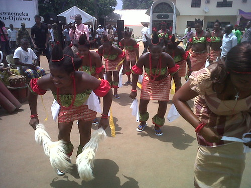 Igbo Traditional Dancers @ Dim. Ojukwu's Funeral by Jujufilms