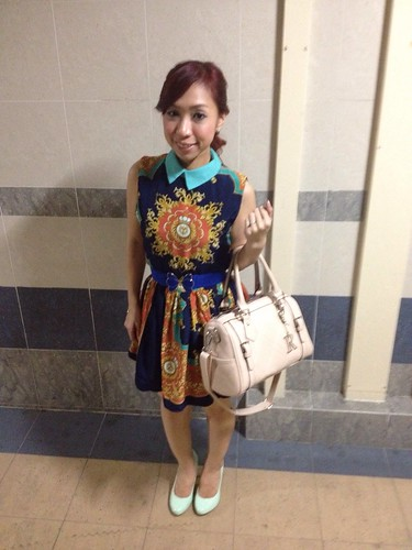 fashion blog, lookbook, Today's outfit, Outfit of the day, outfit post, Singapore Fashion Blog, singapore lifestyle blog, Singapore Lifestyle Blogger, Lookbook, outfits,what I wore today, Scarf dress, Vintage outfits, what to wear to a vintage party?, Baroque dresses, baroque dress, retro dress, daintyflair's rom, BFF daintyflair, www.flaunt.cc, www.le-vonne.com, Shunji Matsuo 313, Shunji Matsuo Eddie Yan, Shunji Matsuo 313 Eddie Yan, Eddie Yan, Shunji Matsuo, affordable accessories, Carlo Rino bag