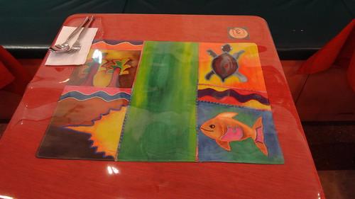 具有童趣的手工刺繡桌墊1