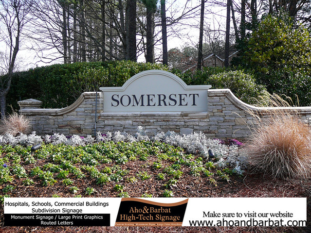 RESIDENTIAL MONUMENT SIGNS