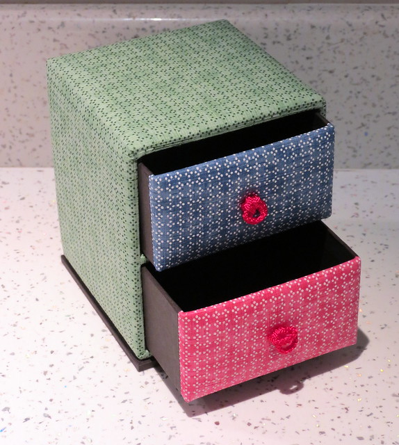 Washi paper jewellery box from The Japanese Shop