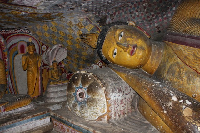 IMG_6636-Dambulla-Royal-Rock-Temple-cave3