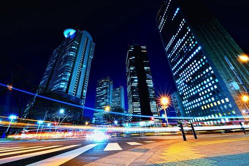 Friday Night in Nishi-Shinjuku by hidesax