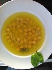 Sopa de pollo by esuarezguillen