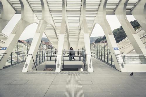 Lovers in the Matrix (Gare de Liège-Guillemins, Belgique) - Photo : Gilderic