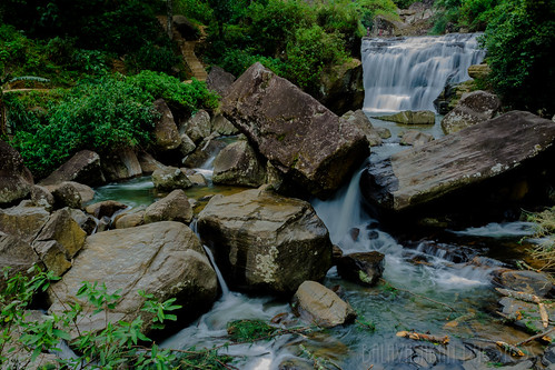 A small Water fall in Ramboda by Balavasakan