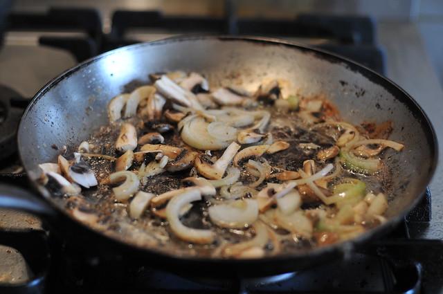 mushies and onios