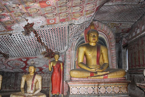 IMG_6627-Dambulla-Royal-Rock-Temple