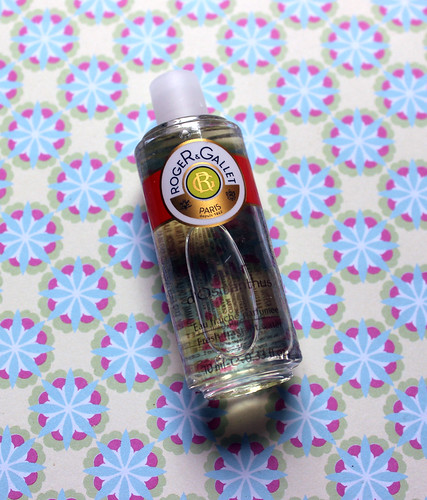 Roger and Gallet flash box fragrance