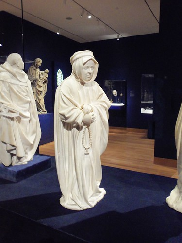 Mourner from the Tomb of Philip the Bold, Duke of Burgundy, about 1406-1410, alabaster, Claus de Werve, Netherlandish (2)