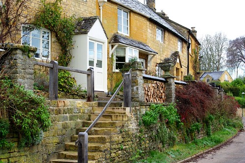 20121202-05_Cotswold Cottages - High Street - Blockley by gary.hadden