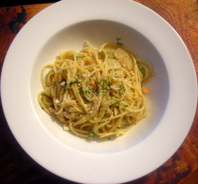 Spaghetti, with fennel, anchovy and fried breadcrumbs