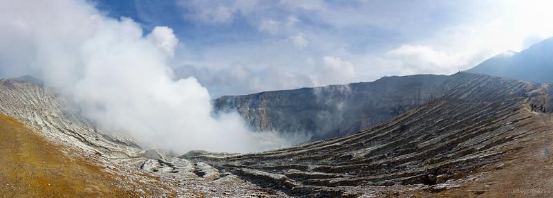 2013-03-30 Ijen - Ijen Panorama-FullWM