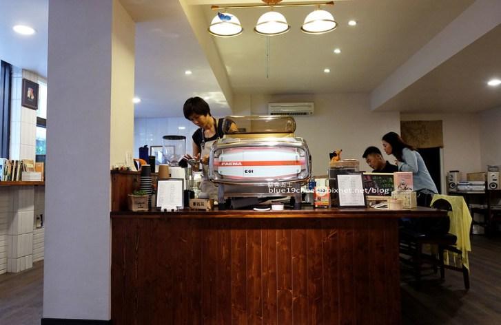 29506989131 af1e07988d c - 艾麗咖啡的所在-草悟道的艾麗行動咖啡檔車有自己低調帶點個性的隱藏咖啡館囉!科博館商圈.亞太雲端辦公大樓後門巷弄中