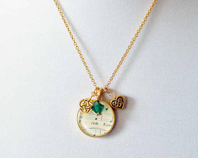 When Irish Eyes are Smiling Charm necklace
