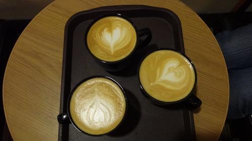 Gloria Jeans Coffees_熱拿鐵2