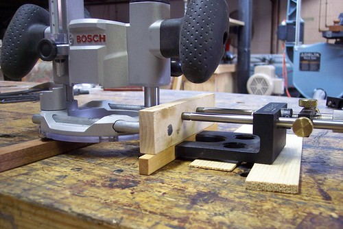 Adding a Micro Fence to a Bosch Colt plunge router base ...