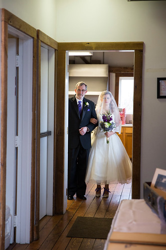 Studio_Starling_Byron_Colby_Barn_Wedding-28
