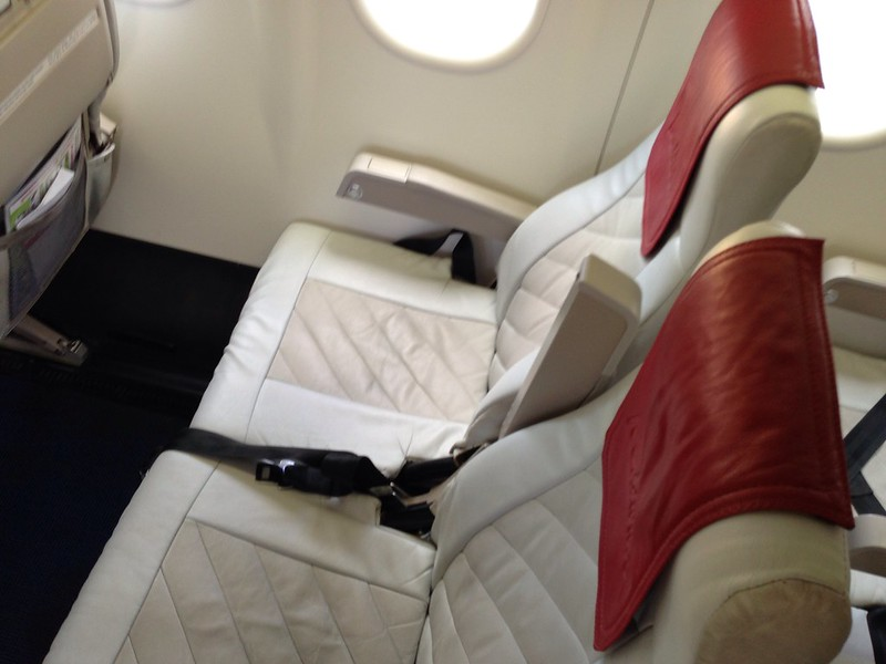 Leather Seats on the Dash 8 Series 300