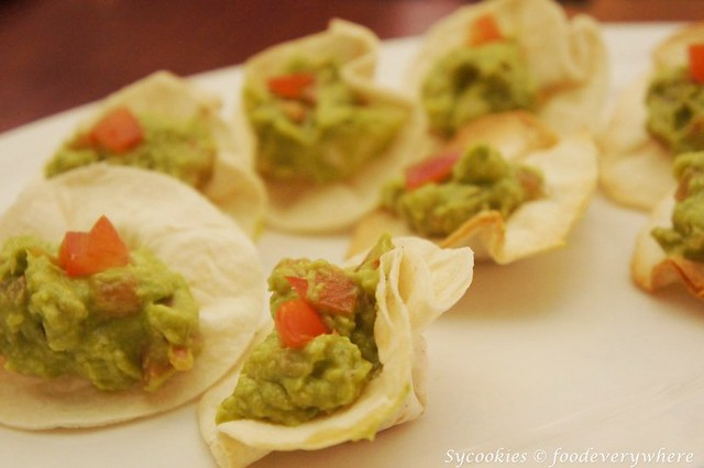 2.Top-Shelf Guacamole- served with tortilla sombrero-frontera sol of mexico (10)