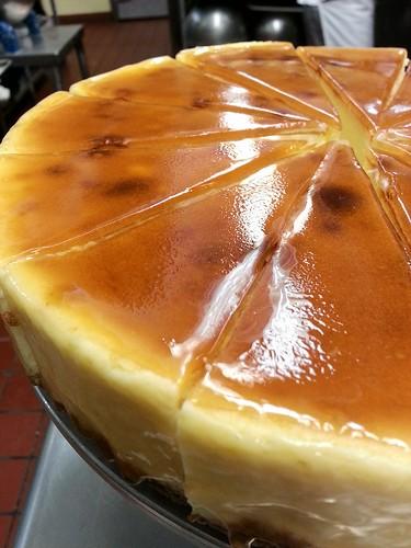 apricot cheesecake by pipsyq