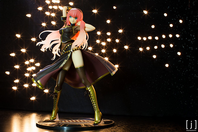 Megurine Luka: Tony Ver. - Straight-on