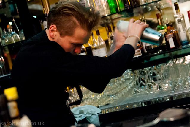 Joe from Alimentum creates a cocktail
