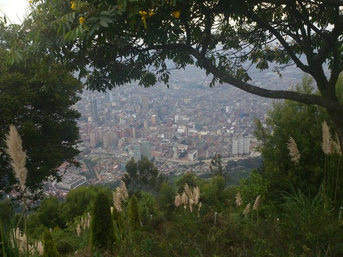 Cerro de Monserrate by jailsonrp