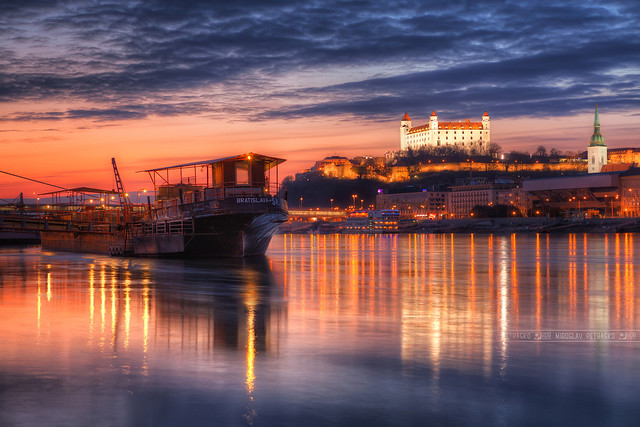 All the lights on Danube - Photo contest