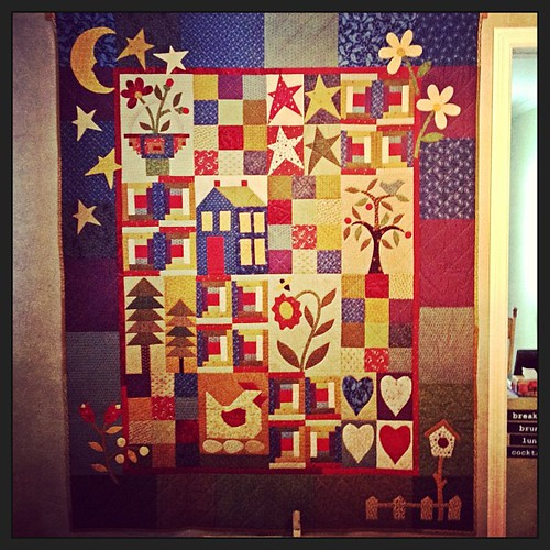 Mar 2 - I made this!  {my first attempt at appliqué; back in 2005} #fmsphotoaday #quilt #quilting